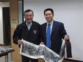 Hình 4: Lâm Tín Nghĩa – FHS (trái) và Tiêu Học Văn – CISDI (phải) - tháng 10/2011