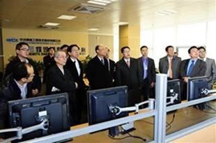 Hình 5: Phái đoàn của Formosa Hà Tĩnh đến thăm CISDI - tháng 2/2012