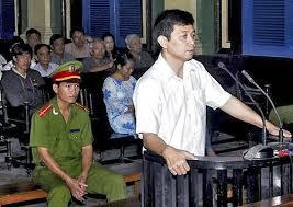 Trần Huỳnh Duy Thức - người bị án 16 năm tù giam