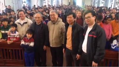 Hình ĐC Micae Hoàng Đức Oanh & LM Phạm Trung Thành ở Song Ngọc