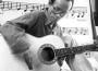 Tiêu Dao Bảo Cự: nhạc Trịnh chỉ khơi dậy tình tự dân tộc, nỗi buồn nhược tiểu, nỗi đau chiến tranh